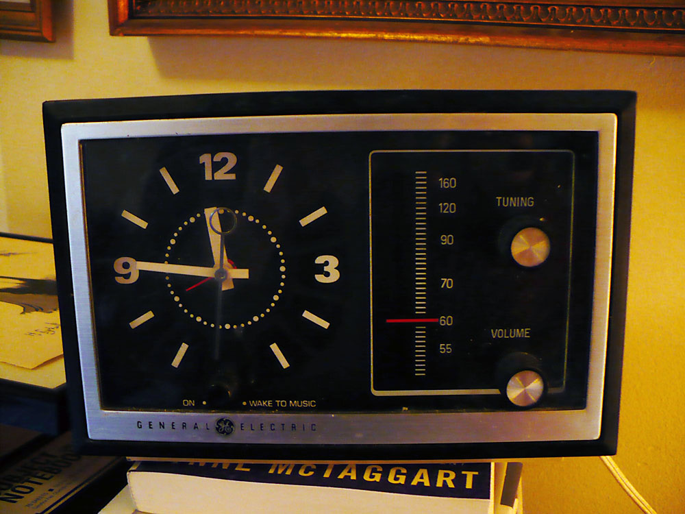 Vintage Goodness 1.0: The thrift gods sent me a new clock ...