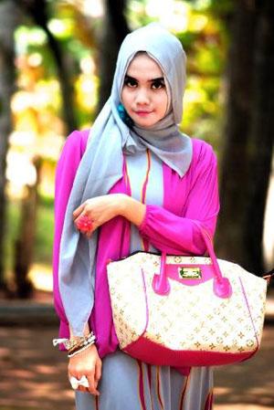 Beautiful Pink Hijab!