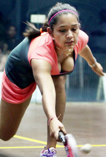 deepika-pallikal-squash-player