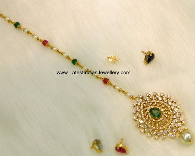 Detachable Gold Maang Tikka