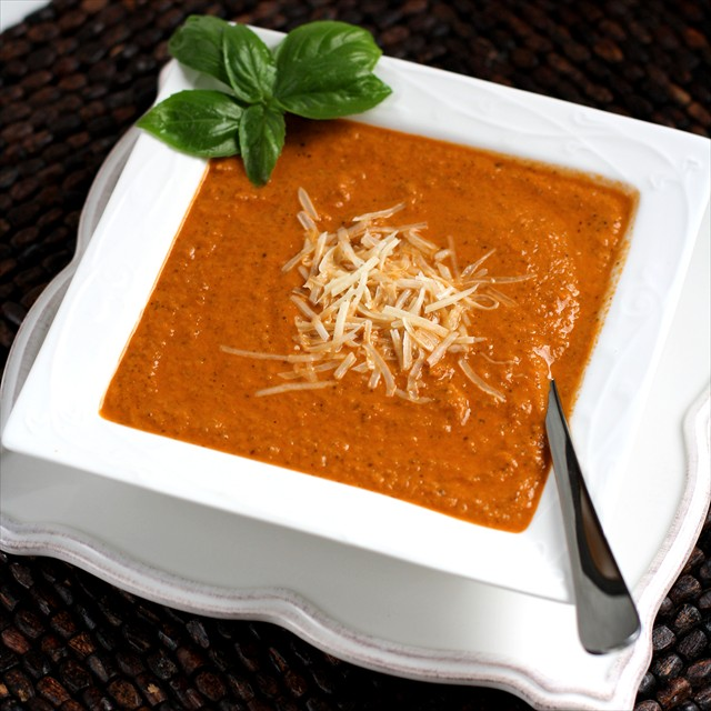 TOMATO BASIL SOUP {CAFE ZUPAS COPYCAT RECIPE!} Butter With a Side of Bread