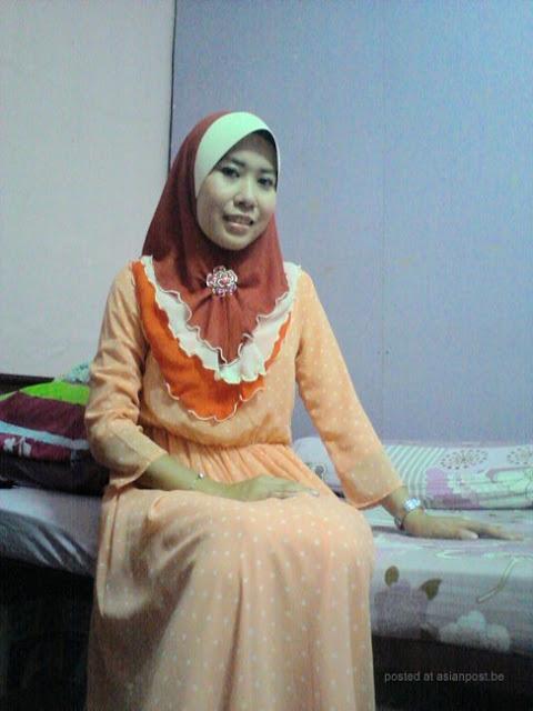 Tudung Baju Oren melayu bogel.com