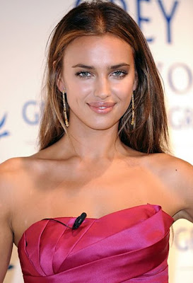 Irina Shayk Dangling Chain Earrings