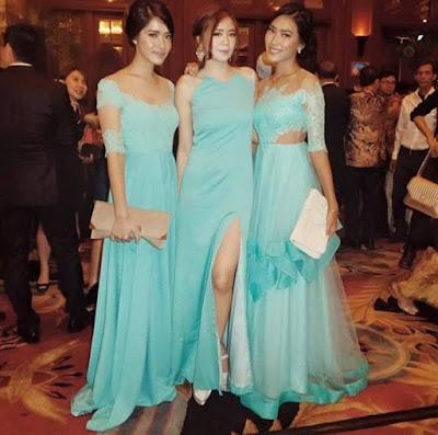 model kebaya dress warna biru polos