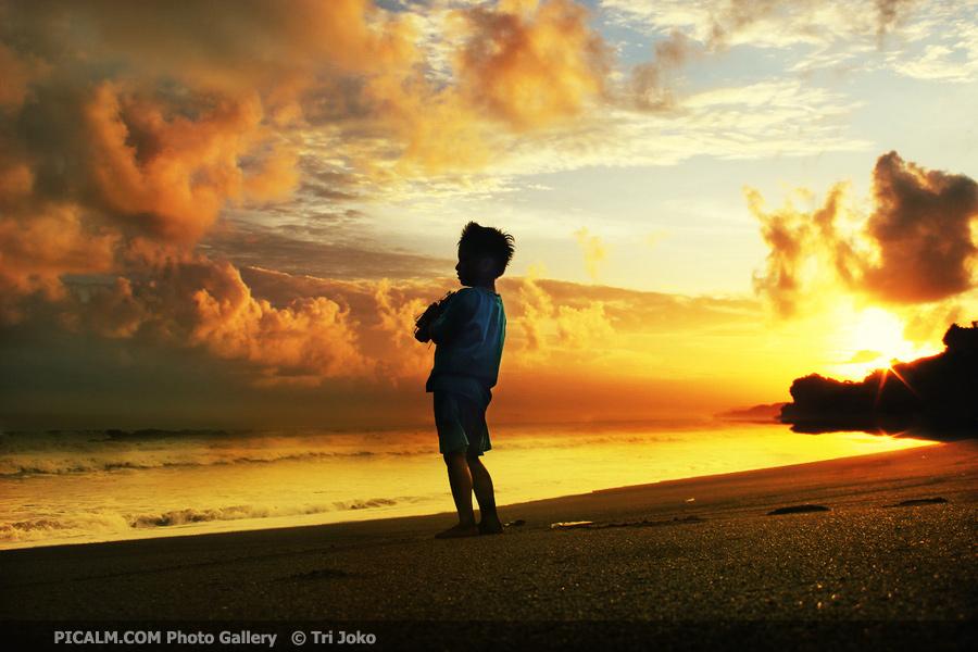 http://3.bp.blogspot.com/-rqVNkgUaqhs/T53d_i5nmOI/AAAAAAAAB6A/eb6T8nPxTrQ/s1600/Infinita+Luz.jpg