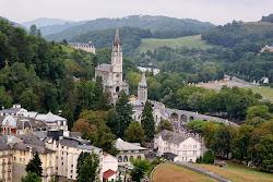 In diretta con la vita del Santuario N. Signora di Lourdes, cliccare con il mouse sopra l'immagine