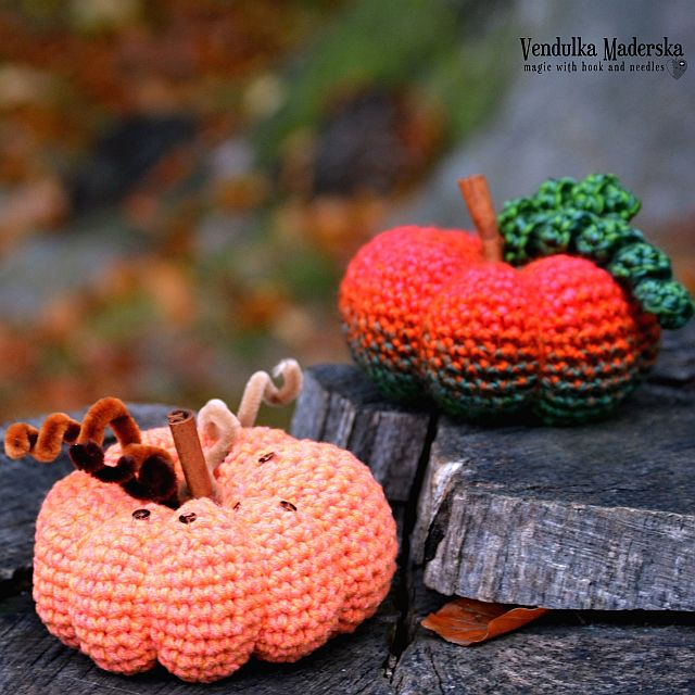 Crochet pumpkin - free pattern by VendulkaM