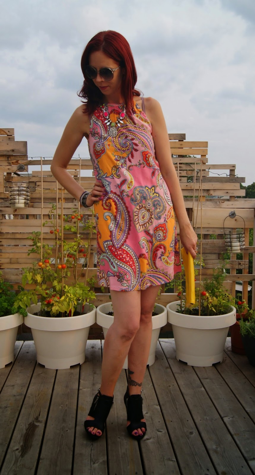 Old Navy, Summer, High Neck Shift Dress, Forever 21 Booties, Shop For Jayu Necklace + Bracelet, Joseph Nogucci Elephant Memory, Vintage Clutch, Fashion, Style, Outfit, Trend, Psychedelic, Bright, Paisley, Pattern, Melanie.Ps, The Purple Scarf, Toronto, Ontario, Canada