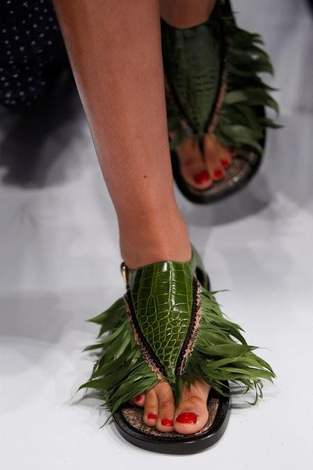 schiaparelli++ss+14+haute+couture+shoes