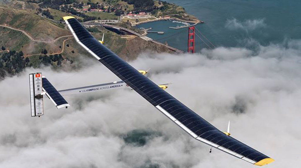 Solar Impulse 2 - Solar Plane Completes Record 120-Hour Flight Across Pacific!
