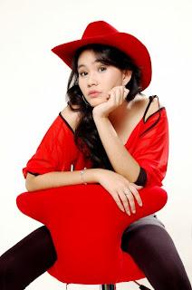 Foto Seksi Kartika Putri Artis Cantik Pemeran (pemain) PESBUKER ANTV