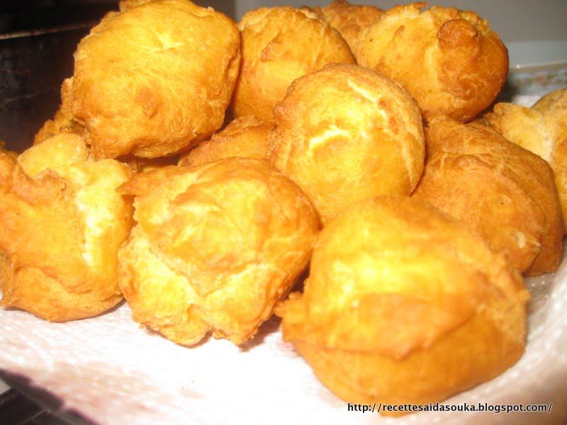Recettes beignets africains - Recette beignet au sucre moelleux ...