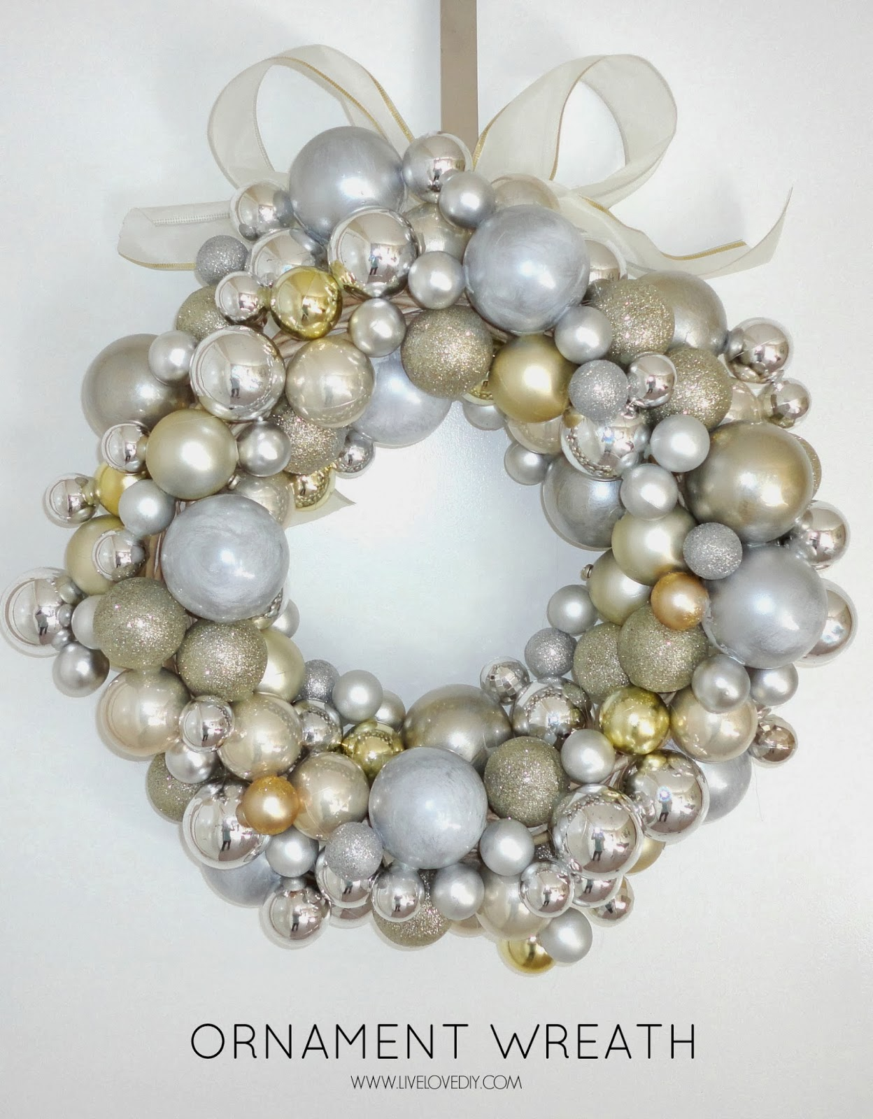 How to make your own Christmas ornament wreath for less than $10! LOVE
