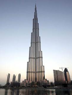 http://3.bp.blogspot.com/-rrSU-Nq043g/UhcYVb5I2QI/AAAAAAAAAII/V-6BQELsuDc/s1600/Burj+Khalifa.jpg
