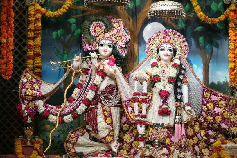 Full View of Sri Sri Radha Vrindavana Chandra [Sri Krishna and Srimati Radha Rani]