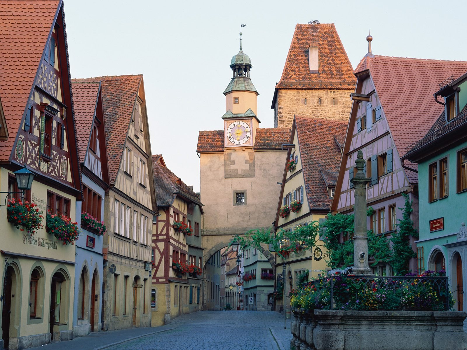 Rothenburg ob der Tauber | Beautiful Town | Travel And Tourism