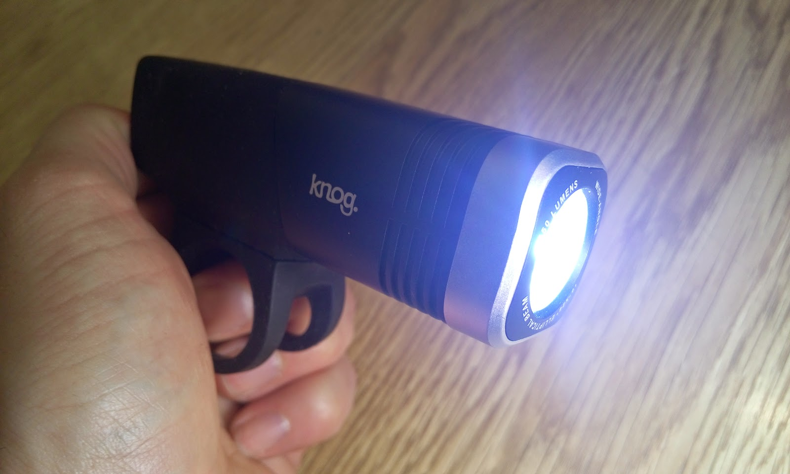 Knog Blinder Arc 5.5 light unboxing and review