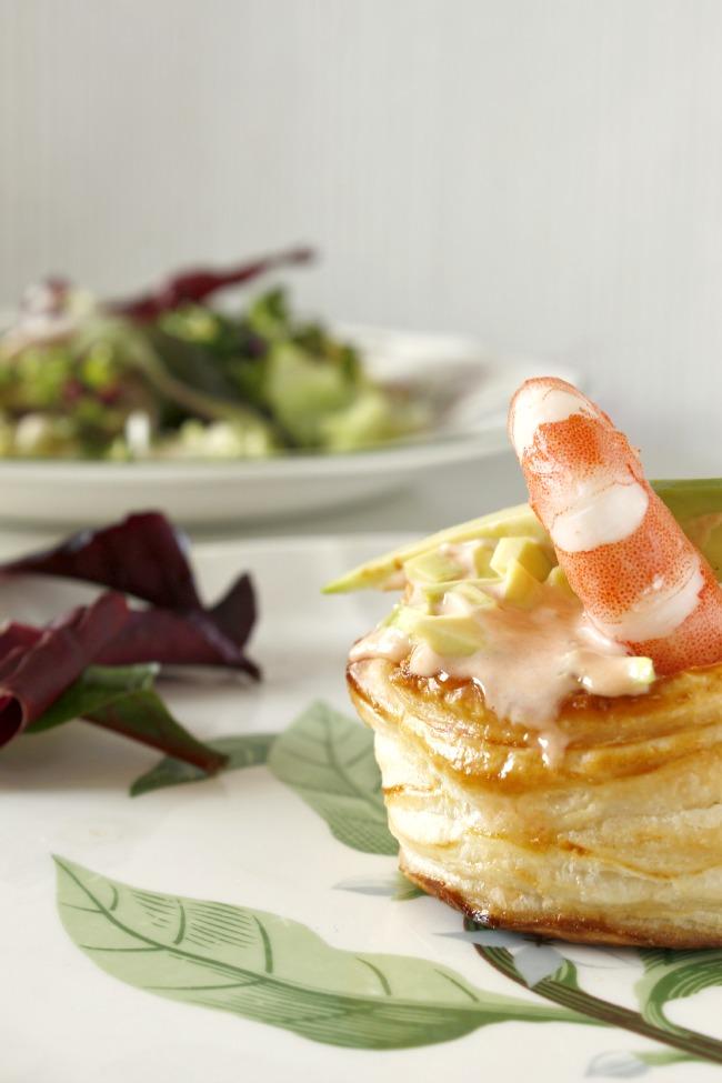 Pastelitos de hojaldre con langostinos. http://www.maraengredos.com/