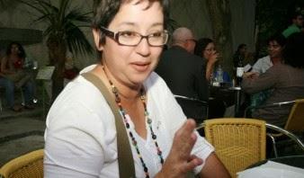 Carola_chavez_la_importancia_de_un_diente_flojo