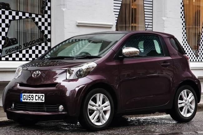 Review Toyota iQ City Car 1.0 VVT-i