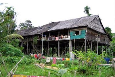 Rumah keluaraga kurang mampu