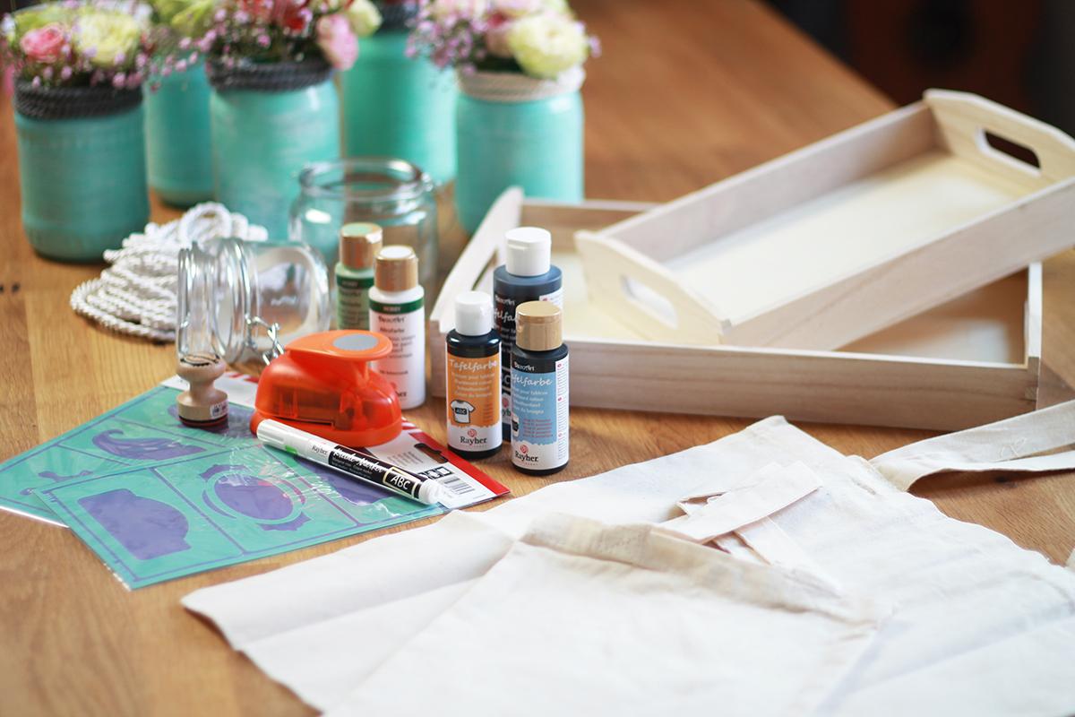 fashionleaderandkitchenhero sei kreativ mit tafellack. Black Bedroom Furniture Sets. Home Design Ideas