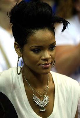 Rihanna Diamond Pendant