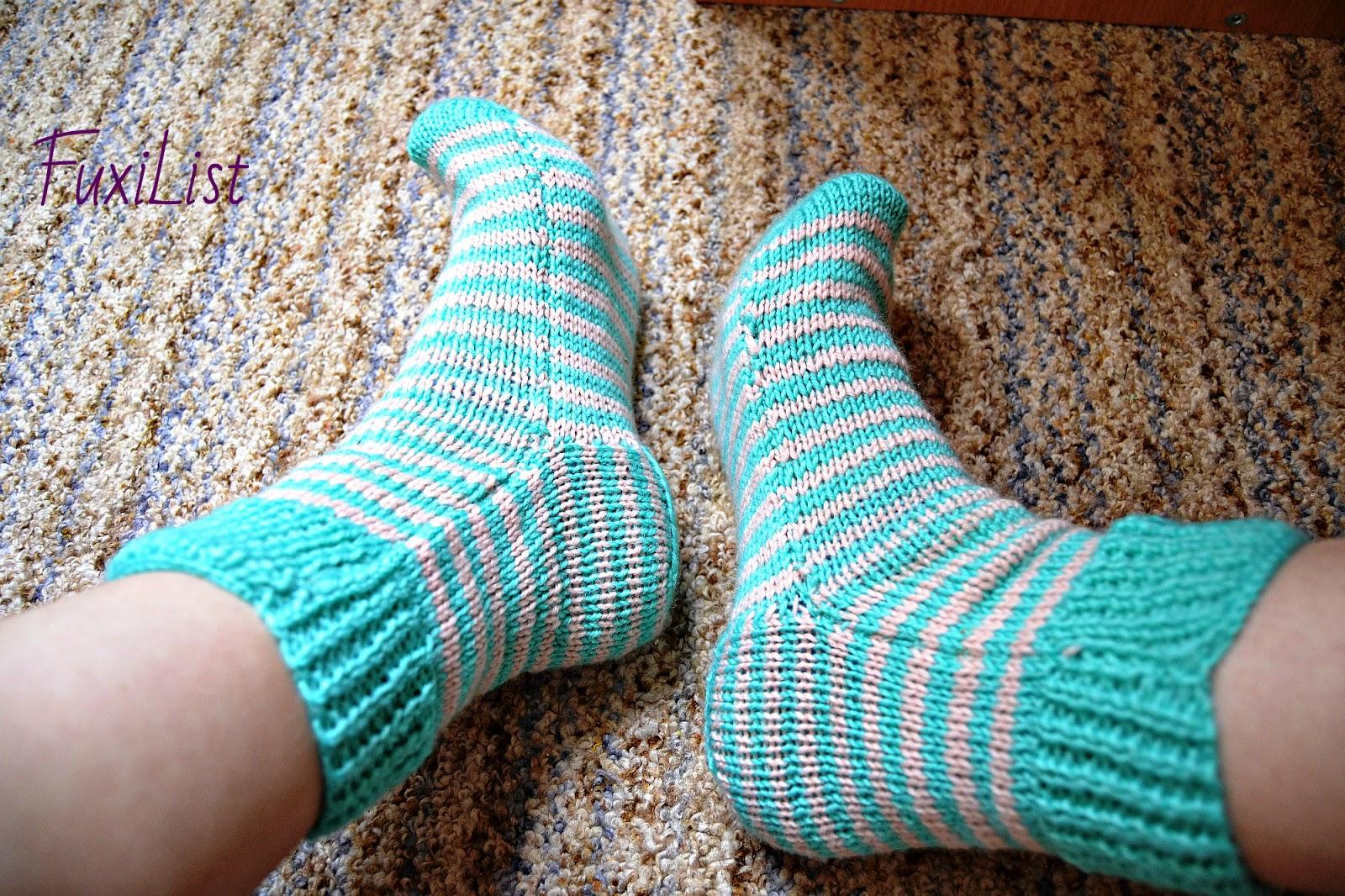 Связать носки с одним швом