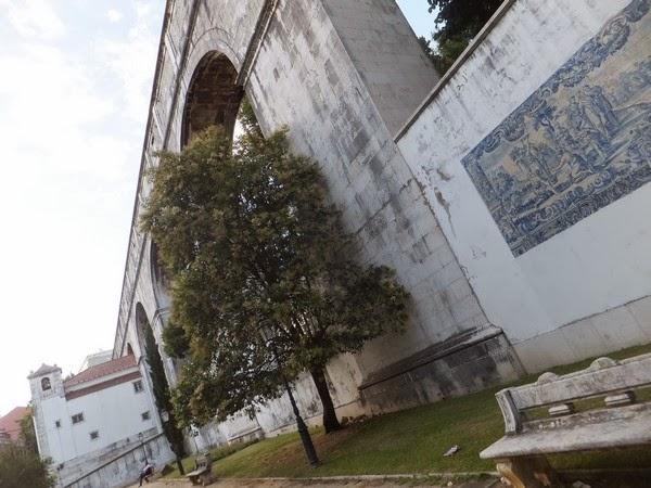 Lisbonne Lisboa aqueduc azulejos