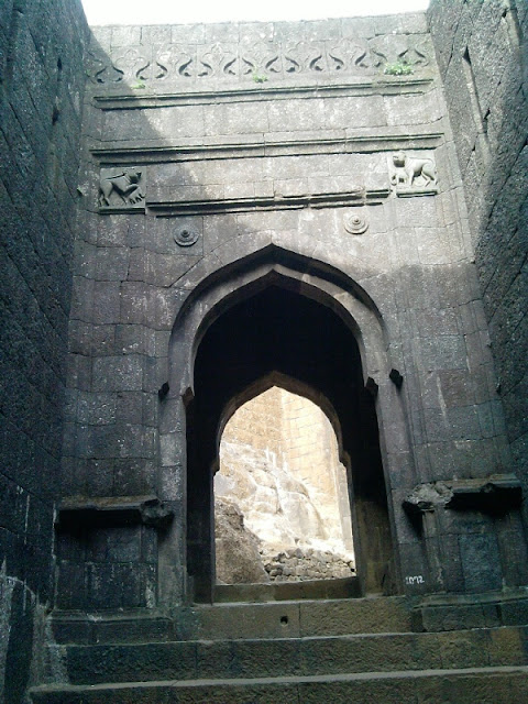 Maha Darvaja Raigad Fort - Killa
