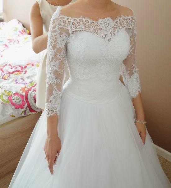 Suknie ślubne Vestido Princessa Z Koronkowym Bolerkiem