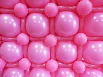 Панно из воздушных шаров на каркасе