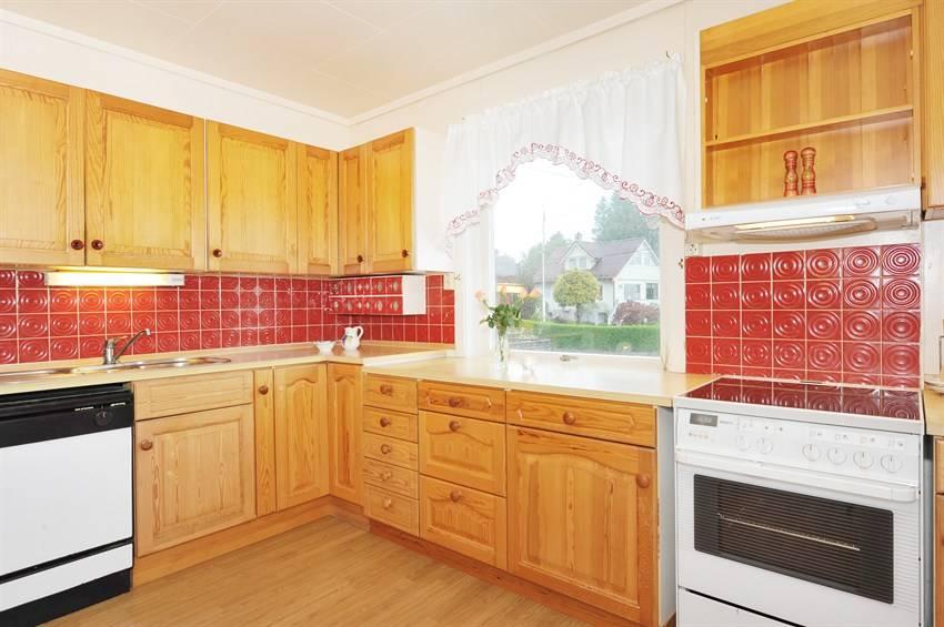 Hagenhuset: kjøkken før og etter...
