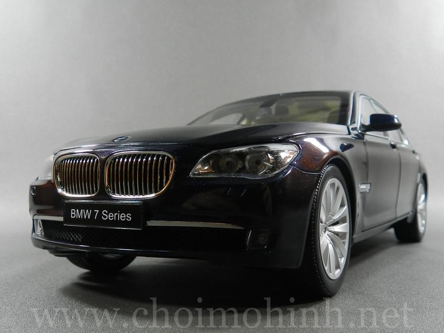 BMW 750Li 1:18 Kyosho