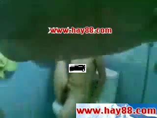 Clip sex em gái Hải Phòng làm tình trong phòng tắm 1