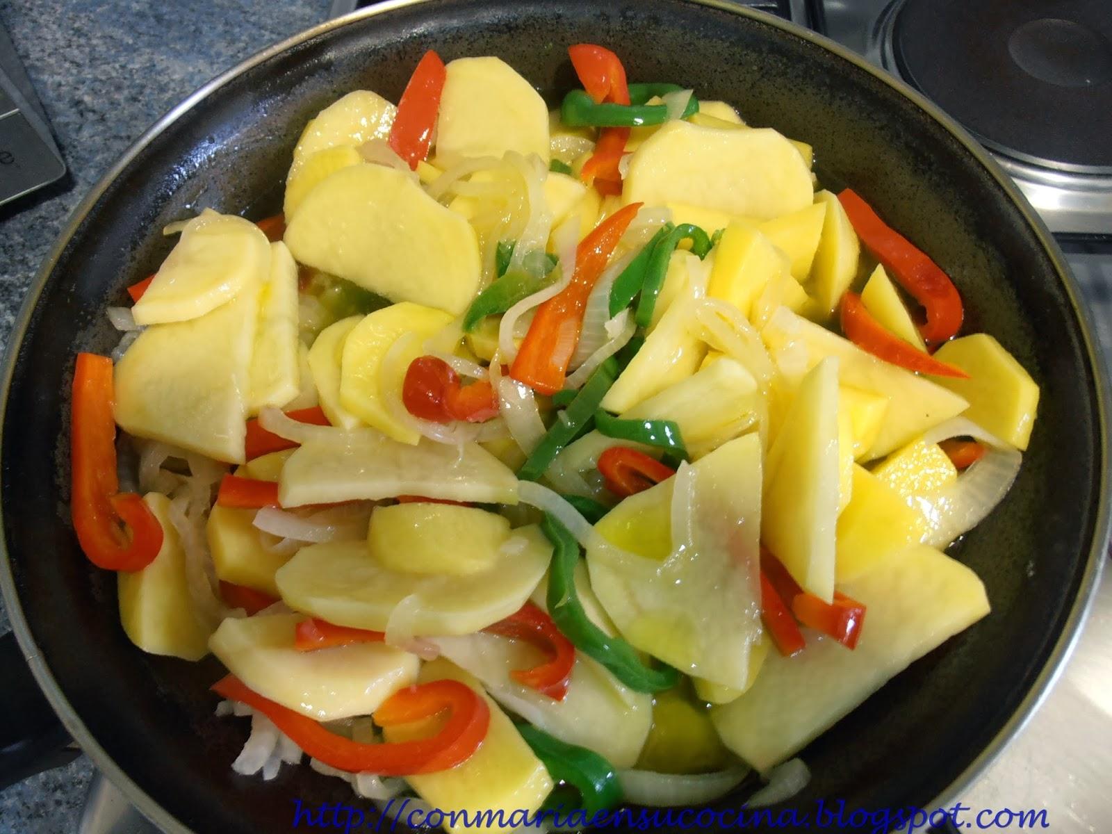 http://3.bp.blogspot.com/-ru_DWNcuDYI/UsHVrMyk0II/AAAAAAAAA2A/V1tuwhxUOBo/s1600/Patatas+a+lo+pobre+-+ConMariaensucocina00007.jpg