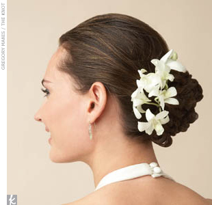 bridal hair flowers ivory