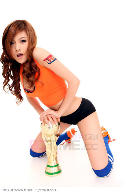 Foto Hot Luo Jia Qi