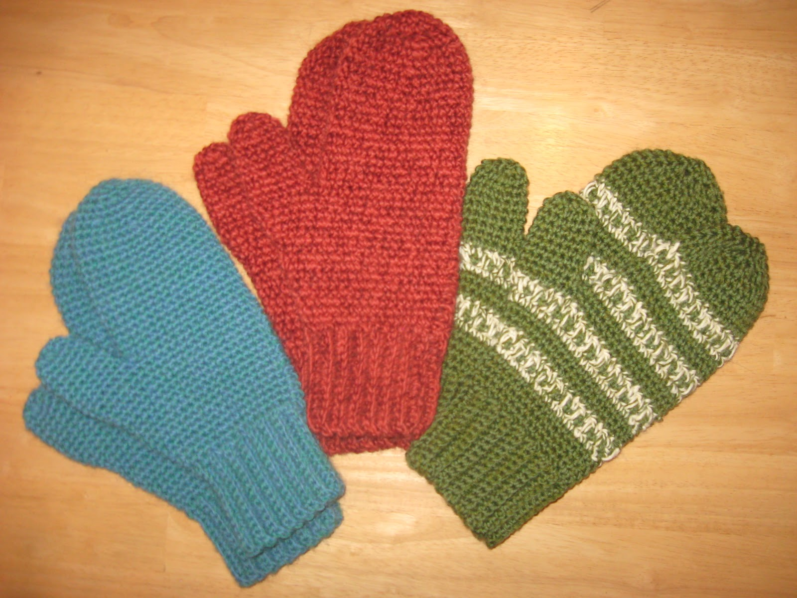 Crochet Mittens More crocheted mittens heading