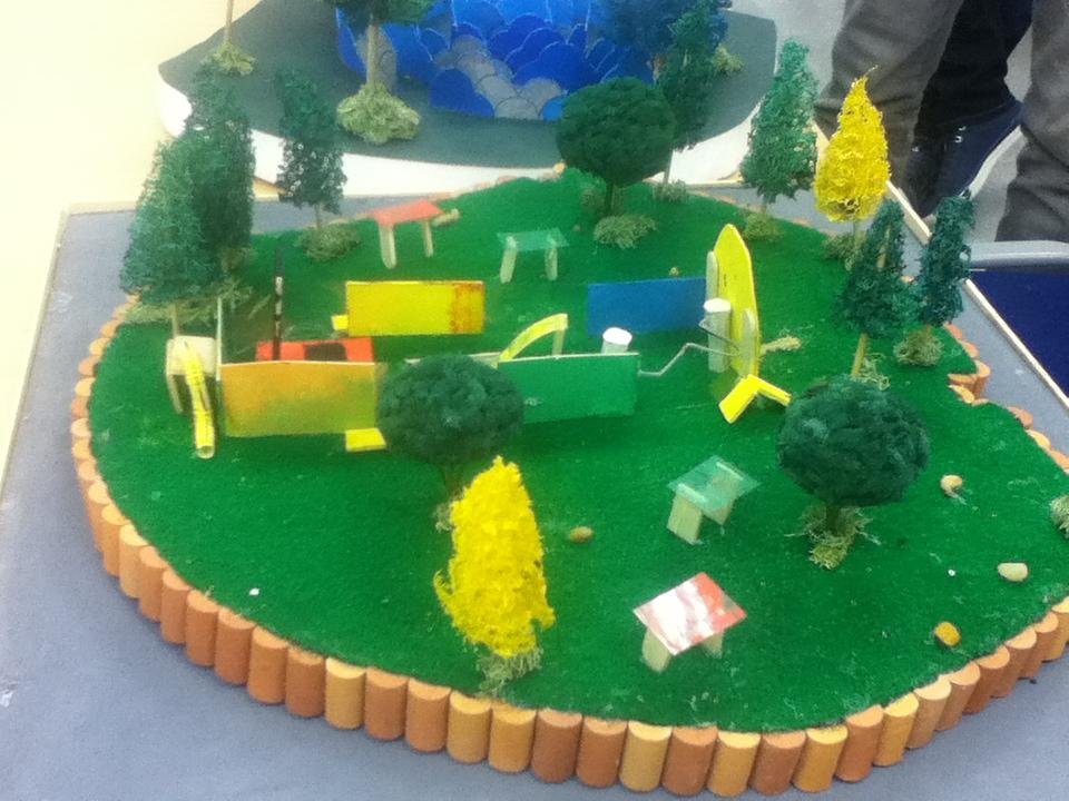 Arquitectura uninorte ss otras maquetas primera maqueta - Construir parque infantil ...