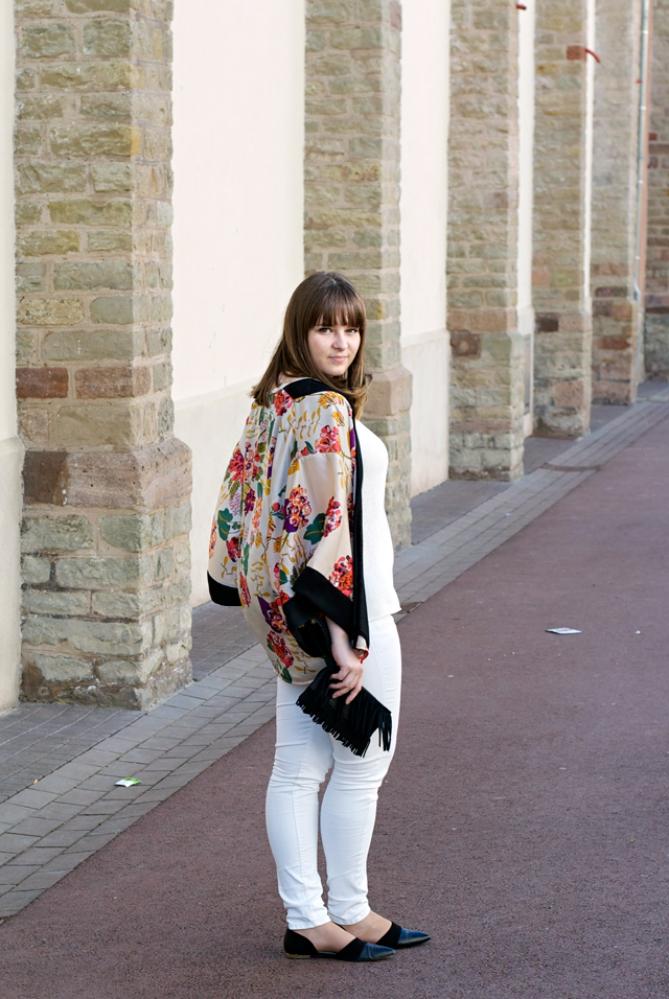 Kimono White outfit