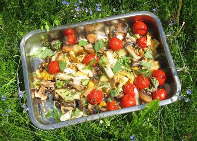 Salat aus gegrilltem Gemüse