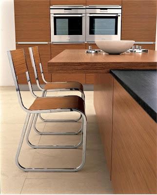 cadeiras de cozinha em madeira