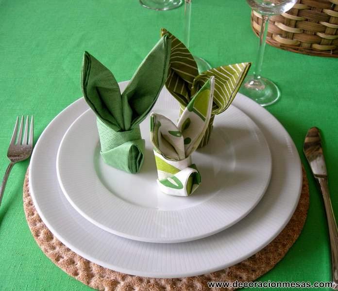 decoracion mesa Pascua plegado servilletas