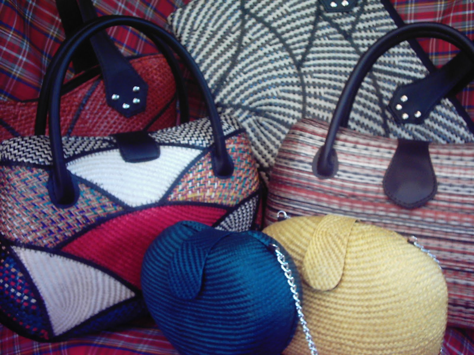 Philippine Handicraft Buntal Bags