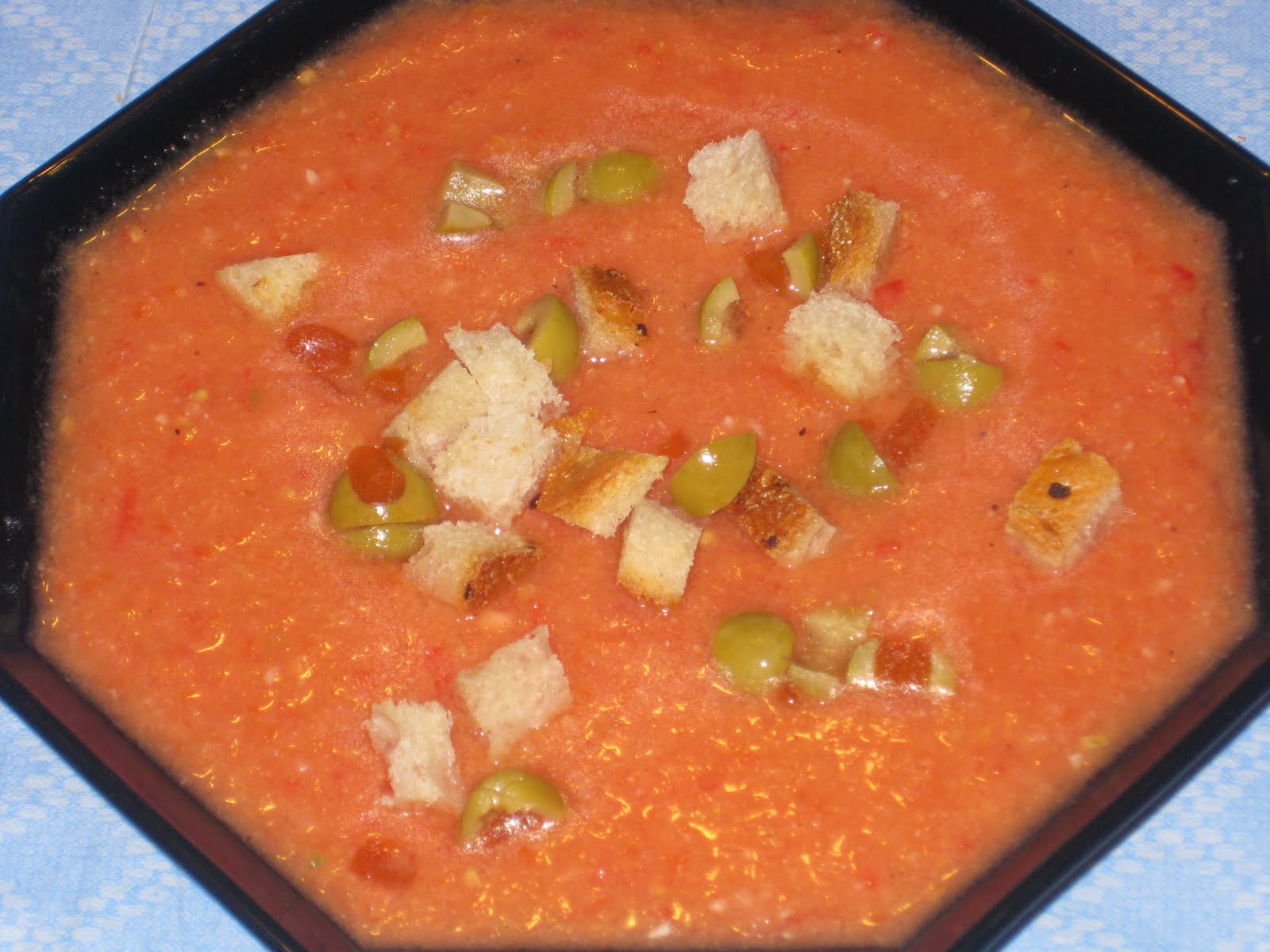 ... to Zwetschgen: Gazpacho (Cold Tomato & Vegetable Soup from Spain