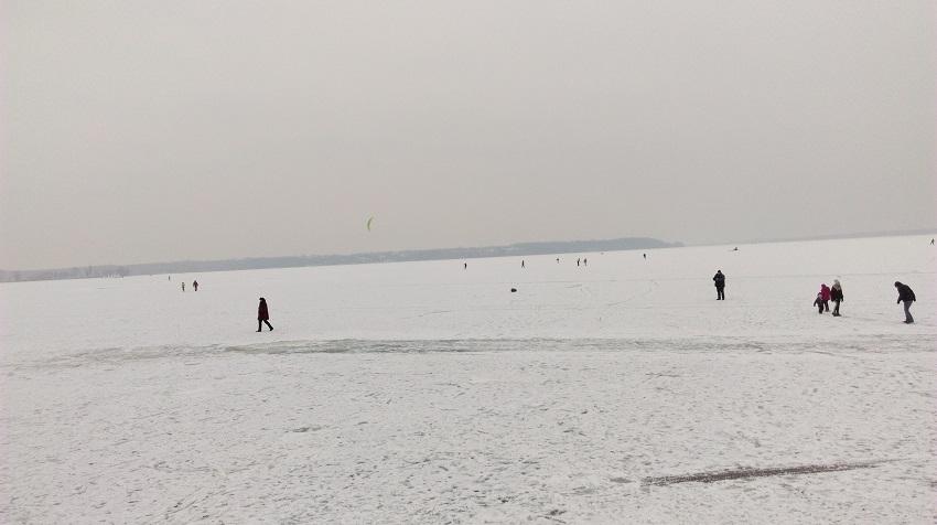 Kto by nie chciał chodzić po wodzie - fot. Tomasz Janus / sportnaukowo.pl