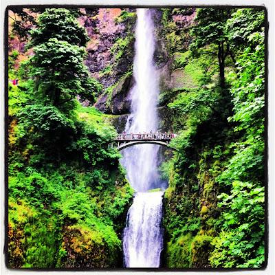 Multnomah Falls Oregon Waterfall hiking