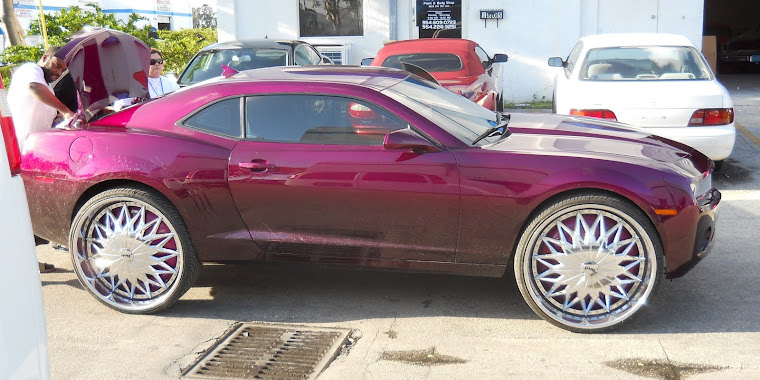 "Female's 2010 Chevy Camaro on 28"" Dub Joker Floaters"