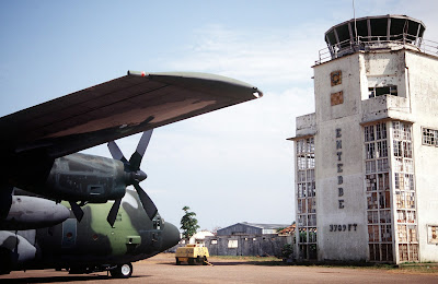 """""""Entebbe Airport DF-ST-99-05538"""" by SRA Andy Dunaway - DefenseImagery.mil, J3003-SPT-94-03-003-0489. Licensed under Public Domain via Commons - https://commons.wikimedia.org/wiki/File:Entebbe_Airport_DF-ST-99-05538.jpg#/media/File:Entebbe_Airport_DF-ST-99-05538.jpg"""
